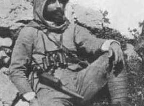 Photo of Türk Tarihinin Portrelerinden Enver Paşa – İlber ORTAYLI